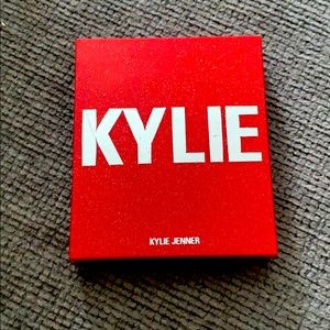 Kylie Cosmetics Blush/ Highlighter Duo